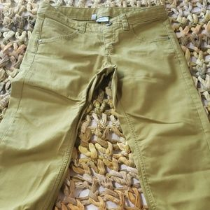 Light Green Altheta Cropped Jeans (8)